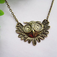 GUNROSE handmade owl antique bronze necklace by gunrose on Etsy