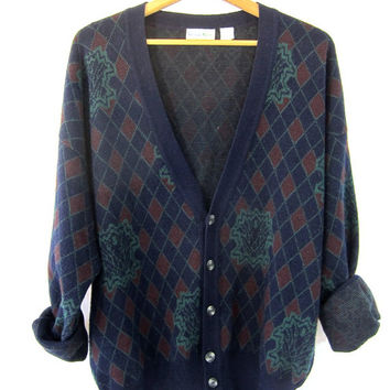 20% OFF SALE vintage argyle cardigan sweater. blue green grandpa sweater.