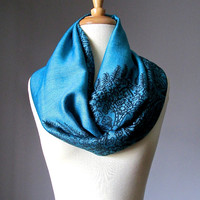 Blue infinity scarf, paisley scarf, Loop scarf, Circle scarf, Women Scarf,  Gift ,Scarves, scarf, infinity scarf, pashmina