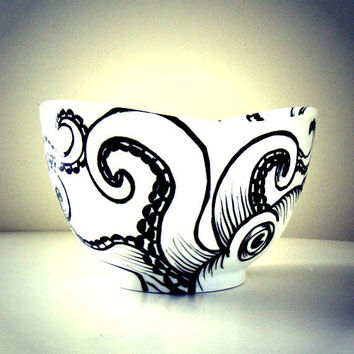 Octopus Bowl Ceramic Black and White Hand Painted Kraken Sea Creature Nautical Home Decor Serving Bowl Decorative