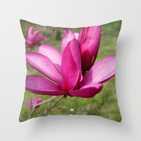 Magnoila Flower Pillow, Purple Flower Pillow, Magnoila Tree, Southern Decor, Floral Pillowcase, Purple and Green Pillows,16X16 18X18 Pillow