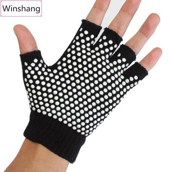 NEW 1 Pair Yoga Fingerless Non Anti Slip Grip Sticky Gloves Sport Exercise Equipment Gloves for Women