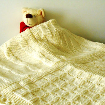 knit blanket, luxury chunky blanket, cottage chic, made to order blanket in pure Merino wool