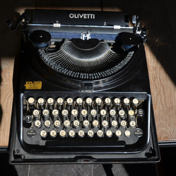 RARE Antique Typewriter - Shiny black OLIVETTI MP1 (1932) - Glass keys - Working perfectly