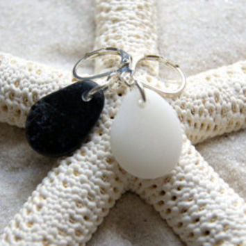 Beach Stone Earrings - Yin Yang Earrings - Beach Pebble Earrings - Rock Earrings - Boho Chic - Nautical Fashion - Summer Fashion