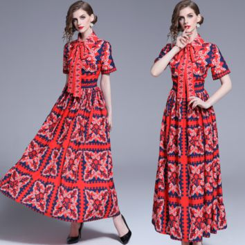 Fashionable women's fitted slim short-sleeved positioned Printed Dress