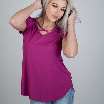 Short Sleeve Criss Cross Top in Magenta Pink