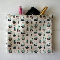 VALENTINES DAY GIFT, Cactus zip Pouch Purse, cactus gadget case, succulent Cosmetic bag, hipster clutch, Succulent clutch, Gift under 20
