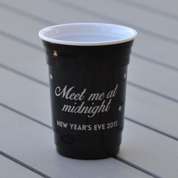 New Year's Eve Party Cups | Happy New Year 2015 | Meet me at midnight | New Year's Eve party favor, New Year's Eve decor