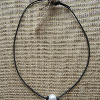Handmade Freshwater Pearl and Leather Necklace - Free US Shipping