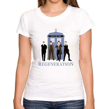 Dr Who Generations and Tardis  ( 4 Doctors)  Women or Men T-Shirt