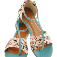 Twist of Gait Sandal in Turquoise | Mod Retro Vintage Sandals | ModCloth.com