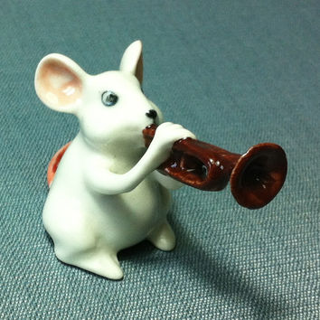 Miniature Ceramic Rat Mouse Playing Music Trumpet Animal Cute Small Tiny White Figurine Statue Decoration Collectible Hand Painted Figure