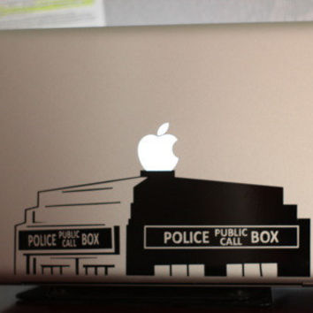 "Tardis Doctor Who 15"" Macbook Apple Laptop Decal"