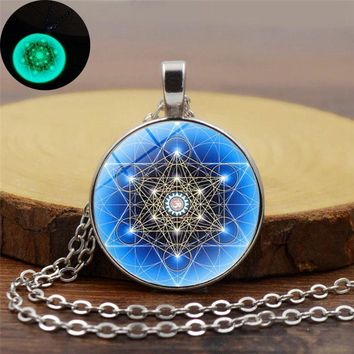 Yoga Meditation Glowing Necklace Glass Cabochon Pendant Necklace Glow In The Dark Psychedelic Sacred Geometry Women Jewelry