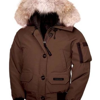Canada goose chilliwack bomber winter WOMEN Down jacket/brown