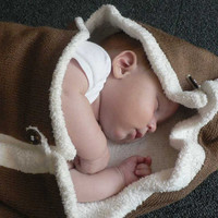 SOFTY Knitted Baby Blanket in custom colour by foldi on Etsy