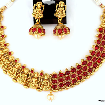 Grand Lakshmi with Kemp Necklace and Jhumka Earring