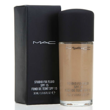MAC Studio Fix SPF15 Flawless Liquid Foundation (1pcs)