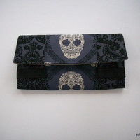 Dainty Damask Ivory Lacy Skulls on Black and Gray Fashion Bifold Wide Women's Cotton Wallet