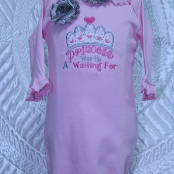 Baby shower gift, new baby gift, baby girl gift, baby girl clothes, princess, baby girl, baby gown, pink, baby coming home, take me home,