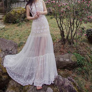 Mermaid white lace embroidered three-dimensional positioning waist two-piece ladies dress
