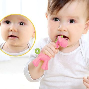 Cute Giraffe Baby Teether Eco Friendly Infants Toothbrush Training Tool Charm Silicone Chew able Newborn Teething Toy Dental Care