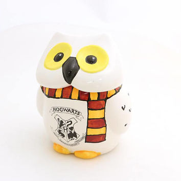 Harry Potter inspired, Hedwig, ceramic jar, ceramic owl, Hogwarts, fan art, gift for teacher, librarian, Gryffindor scarf, one of a kind