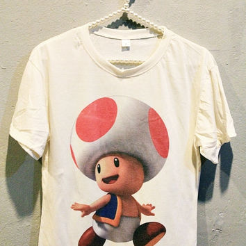 Kinopio Mushroom Super Mario T-Shirt Tee Shirt Women T Shirts Girl Off White TShirt Size L