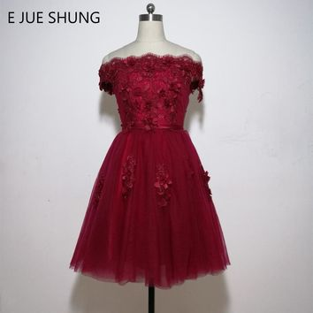 E JUE SHUNG Burgundy Lace Off The Shoulder Short Prom Dresses 2018 Short Sleeves Short Cocktail Party Dresses