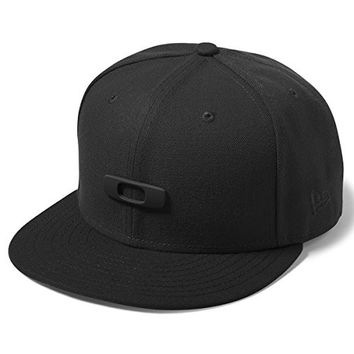 Oakley Men's Metal Gas Can O-Justable Hat, Jet Black, One Size