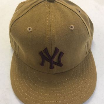 NEW ERA RETRO NEW YORK YANKEES YELLOWISH TAN 5950 FLAT BRIM FITTED HAT