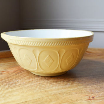 1930s antique Green & Co. Ltd. Gresley England Yellow Mixing Bowl