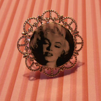 Marilyn Monroe Black and White Illustration Adjustable Laminated Ring Baroque Silver Metal Cameo Photo Handmade Jewelry