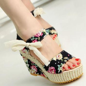 Shoes Women New Sweet Flowers Buckle Open Toe Wedge Sandals Floral high-heeled Shoes P