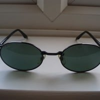"1990's VINTAGE RAY-BAN B&L BLACK. ""SIDESTREET DINER OVAL"" W2775 SUNGLASSES"