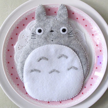Totoro My Neighbour Big Cute Grey iPhone4/5 Camera Felt Case button closure Samsung S2