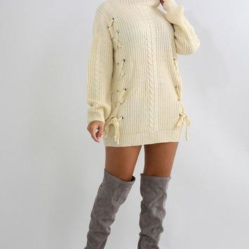 Acacia Cable Knit Sweater - Ivory