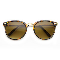 Lightweight Classic P-3 Metal Temple Horn Rimmed Round Sunglasses