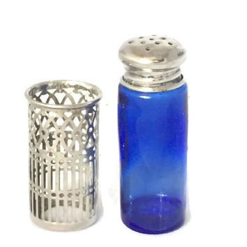 Vintage Silver Plate and Cobalt Glass Salt and Pepper Shakers, Raimond Distinctive Silversmiths, Filigree Design
