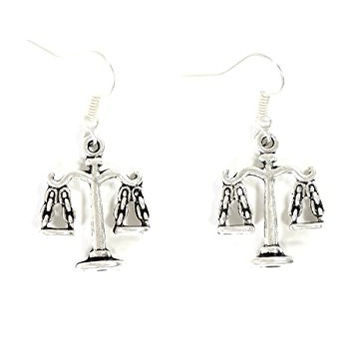 Scales of Justice Dangle Earrings Antique Silver Tone EG16 Libra Charm Fashion Jewelry