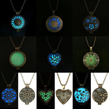 Women's Round Fairy Locket Glow In The Dark Pendant Necklace Gift Glowing Luminous Vintage Necklaces