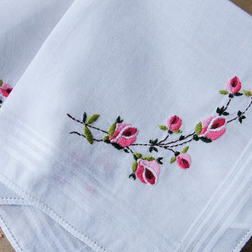 Beautiful Vintage Embroidered Hankie Handkerchief PINK Roses Exceptional  Embroidery Wedding Bridal Bridesmaids Hanky Gifts Vintage Linens