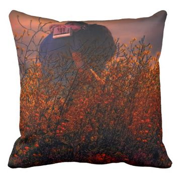 The kiss, on a throw pillow
