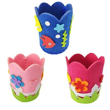 1PCS Children Creative Nonwoven fabric Pen Holder Christmas Gift Creative Decoration Supplies Kids DIY Handmade Crafts Art Toys