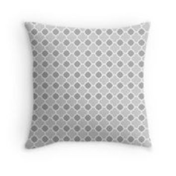 Grey and White Quatrefoil Pattern by TigerLynx