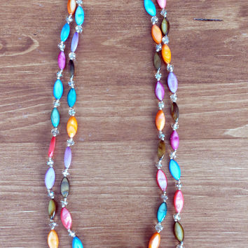 Multi-colored mother-of-pearl necklace