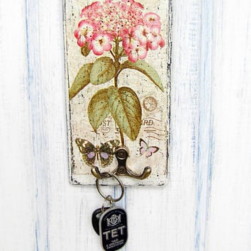 "Shabby Chic Wall Hook / Vintage Wall Key Holder ""Pink hydrangea"" / Decoupage / Kitchen Decor"