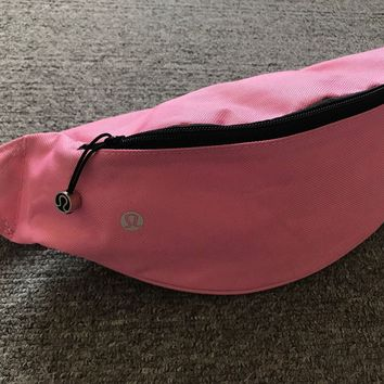lululemon Go Lightly Belt Bag