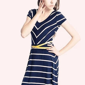 Navy Blue Sripe V-Neck Short Sleeve Dress